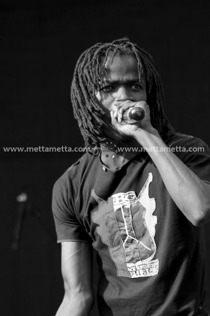 Juliani - Photo by metta metta ART