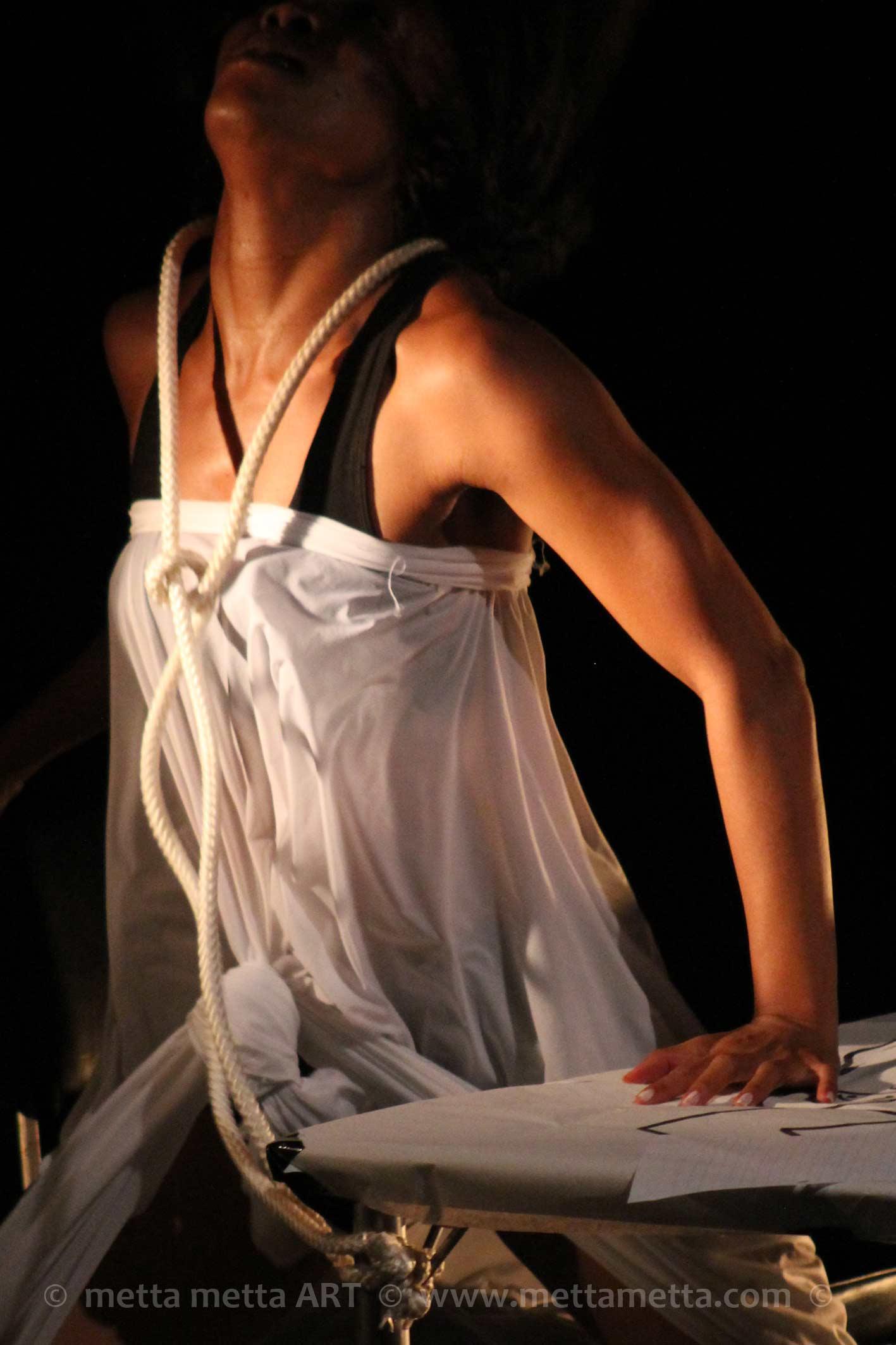 Julie Iarisoa by metta